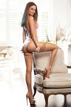 short skirt high heels : Photo