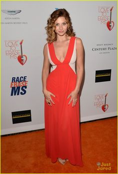 Aly & AJ Michalka: Race to Erase MS Gala Girls | aly aj michalka erase ms gala 03 - Photo