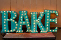 The Seaside Baker   Baking by the sea... DIY vintage marquee lights #HomeDecorChalk