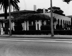 La Jolla Woman's Club showing the arcade and portico, built 1912-1914 by architect Irving Gill.  |  photo 1977