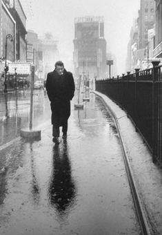 Times Square with James Dean. Dennis Stock, 1955.