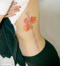 한글과 꽃 타투 by 타투이스트 리버. Korea calligraphy and flower tattoo. 수채화. 한글. 꽃. 포인트. 옆구리. 분당. 타투