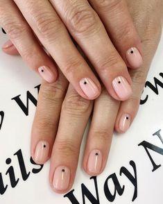 22 Simple Dots Nail Design for Minimalist - Nail art designs Shellac Nails, Nude Nails, Pink Nails, Acrylic Nails, Coffin Nails, Shellac Manicure Designs, Nail Polish, Black Dot Nails, Color Nails