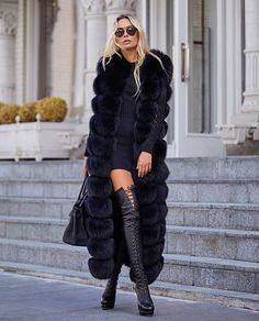 How To Wear All Black For Fall, Winter