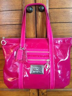 HOT PINK POPPY COACH BAG. My sister has this or similar bag. AWESOME