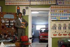 Wanhat Wehkeet -automuseo pitää kokoelmissaan hieman toistasataa ajokkia eri aikakausilta, vanhimpien ollessa peräisin 20-luvulta.
