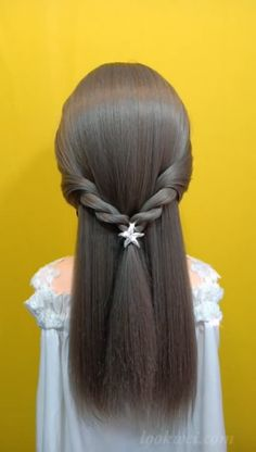 Creating a Simple Half-Up And 25 Hairstyle Idea - Haar Ideen Crown Hairstyles, Little Girl Hairstyles, Braided Hairstyles, Simple Hairstyles For Long Hair, Beautiful Hairstyles, Girl Hair Dos, Boy Hair, Hair Upstyles, Laura Lee