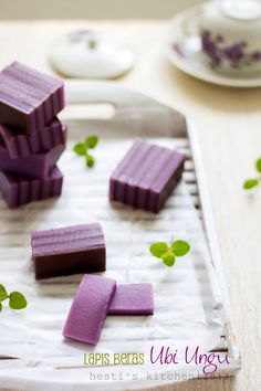 Lapis beras ubi ungu - purple yam layered rice flour cake [Recipe in Indonesian]