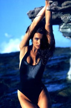 Oh Yeah Pop - Stephanie Seymour, 1992 - Ph. Sante D'Orazio Swimsuits 2017, Best Swimsuits, Stephanie Seymour, Bikini Types, Portraits, Vogue Uk, Christy Turlington, Back To Nature, Mannequins