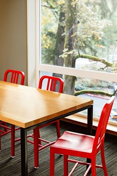 This project features re-use of nearly 75% of the spalted big leaf maple and Douglas fir trees felled on location and milled and processed in house. Urban Timberworks created beautiful and functional tables, benches and stumps for use in common areas.