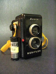 ivyinspired:    Also acquired today // 1950s Ansco Readiflex