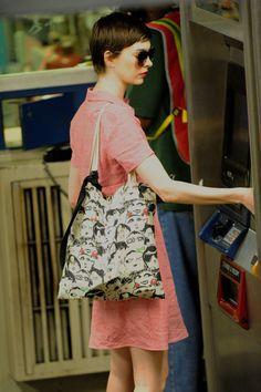 Anne Hathaway Vies for a Fare