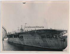 Orig. Foto Schiff Flugzeugträger Graf Zeppelin im Hafen Lübeck Travemünde in Sammeln & Seltenes, Militaria, 1918-1945   eBay