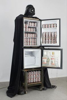 Darth Vader refrigerator - strictly for your man cave so I NEVER have to look at it. Man cave my ass this will be mine in my kitchen thanks very much. Objet Wtf, Decoracion Star Wars, Beer Fridge, Mini Fridge, Pintura Exterior, Sweet Home, Darth Vader, Man Cave Garage, Garage Bar