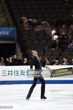 ニュース写真 : Vanessa James and Morgan Cipres of France perform...