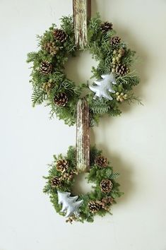 Christmas wreath                                                                                                                                                                                 もっと見る