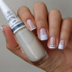 Its All about Trending Fashion Dress,Fashion Ideas,WomenFashion,MenFashion and much more. Bridal Nails, Wedding Nails, Cute Nails, Pretty Nails, Nail Deco, Nail Art Vernis, Nagel Hacks, Stylish Nails, Perfect Nails