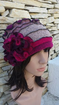 Fleece Hats, Wool Hats, Recycled Sweaters, Recycled Clothing, Reuse Old Clothes, Turbans, Sweater Hat, Diy Hat, Love Hat