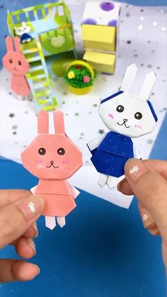 Diy Crafts Hacks, Diy Crafts For Gifts, Diy Arts And Crafts, Creative Crafts, Fun Crafts, Diy Projects, Easter Crafts, Paper Flowers Craft, Paper Crafts Origami