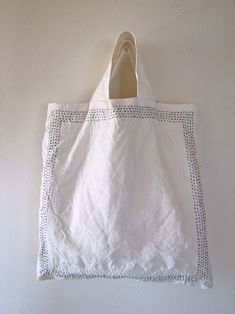 Folding Shopping Bags, Ethnic Bag, Diy Bags Purses, Crochet Tote, Felted Slippers, Boho Bags, Craft Bags, Linen Bag, Casual Bags