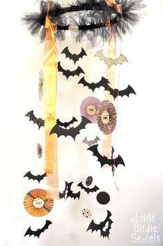 DIY Halloween Decor :DIY  halloween chandelier {tutorial}