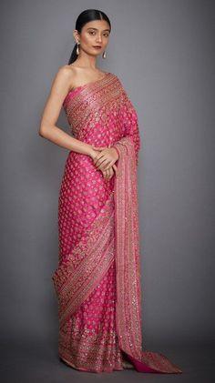 Indian Bridal Sarees, Indian Silk Sarees, Indian Bridal Fashion, Dress Indian Style, Indian Dresses, Indian Outfits, Designer Sarees Wedding, Eastern Dresses, Silk Sarees Online Shopping