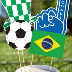 For the Father who is into Soccer. Printable Photo Booth Props for Dad's Day!