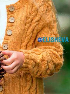 Кардиган для девочки с аранскими косами от Patons, вязаный спицами Projects To Try, Pullover, Children, Google Translate, Sweaters, Baby, Fashion, Molde, Sacks