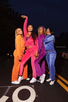 The year is It's on a Friday night. You turn on Disney Channel. The Cheetah Girls is about to premiere. Girl Group Halloween Costumes, Cute Costumes, Girl Costumes, Costume Ideas, Black Girl Halloween Costume, Mermaid Costumes, Pirate Costumes, Couple Halloween, Halloween Halloween