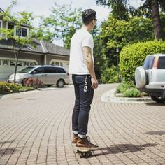 United Stock On You: Me on minicruiser #skateboard #minicruiser #summer #niceweather #niftydo #buttero #unitedstockdrygoods #3sixteen #heavyweight #일상 #벤쿠버 #vancity
