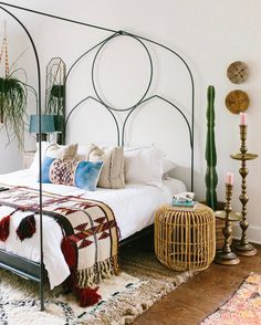 Decor-For-Small-Bedroom-Ideas-To-Copy/ metal bed frames, boho bed frame, bl Bedroom Inspo, Home Bedroom, Bedroom Decor, Bedroom Ideas, Budget Bedroom, Bedroom Inspiration, Warm Bedroom, Bedroom Furniture, Home Interior
