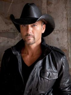 One very sexy cowboy.. Tim McGraw ♥