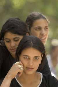 """GREECE The Roma People (or """"Gypsies"""" in the common vernacular). Roma have lived in Greece since the late century and now number about They are the largest ethnic minority group in the country and are known as """"Tsiganes. Gypsy Girls, Gypsy Women, Gypsy Life, Gypsy Soul, We Are The World, People Of The World, Victor Hugo, Gypsy Culture, Estilo Hippie"""