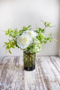 花&ガーデニング/梅雨を楽しむ涼しげな...|ファッションからインテリア、料理まで、暮らしを楽しむ雑誌「LEE(リー)」の公式サイト「LEEweb(リーウェブ)」|HAPPY PLUS(ハピプラ)