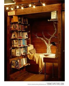 Another Cozy Reading Nook (i.it) submitted by to /r/CozyPlaces 0 comments original - Architecture and Home Decor - Buildings - Bedrooms - Bathrooms - Kitchen And Living Room Interior Design Decorating Ideas - My New Room, My Room, Home Interior, Interior Design, Bohemian Interior, Modern Interior, Sweet Home, Home Libraries, Cozy Nook