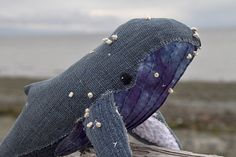 Gorgeous Humpback whale complete with French knots - other great sea creatures on this site, too.