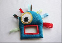 Monster Baby Toy from the Crafty Cupboard Sewing Toys, Baby Sewing, Sewing Crafts, Sewing Patterns Free, Free Sewing, Sewing Ideas, Baby Crafts, Fun Crafts, Monster Toys