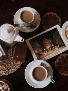 Marte Marie Forsberg ... Afternoon Tea Tradition
