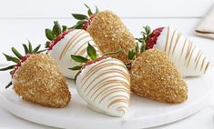 Sweeten up any occasion with gourmet dipped strawberries and treats topped in swizzles, nuts, or premium toppings 1/31