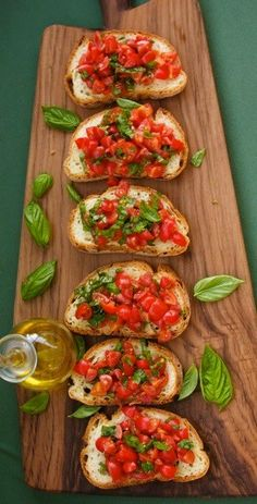 Bruschetta with Tomatoes & Basil Ingredients: 4 slices of bread preferably pane. - Bruschetta with Tomatoes & Basil Ingredients: 4 slices of bread preferably pane casareccio 250 g. I Love Food, Good Food, Yummy Food, Italian Dishes, Italian Recipes, Italian Foods, Italian Cooking, Best Italian Food, Italian Pastries