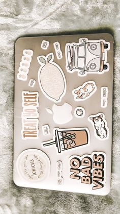 Apple Laptop Stickers, Mac Stickers, Bubble Stickers, Macbook Stickers, Coque Mac, Macbook Laptop, Computer Case, Aesthetic Stickers, Chromebook