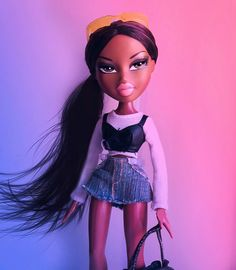 Discover recipes, home ideas, style inspiration and other ideas to try. Bratz Doll Makeup, Bratz Doll Outfits, Bratz Doll Halloween Costume, Halloween Outfits, Girl Halloween, Pretty Dolls, Beautiful Dolls, Black Bratz Doll, Dibujos Tumblr A Color