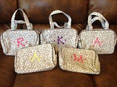 Thirty-one cosmetic bags make great bridal party gifts!! Personalize it to make them extra special.