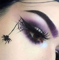 Spooky & Creepy Halloween Eye Make Up Trends 2021 | Modern Fashion Blog Halloween Eyeshadow, Halloween Makeup Witch, Halloween Makeup Looks, Scary Halloween, Halloween Makeuo, Scary Scary, Trendy Halloween, Halloween Nails, Fall Halloween