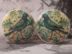 1-1/2 Pair of Birds Dresser Knobs  Walking Birds  by dynastyprints