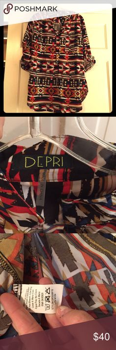 Aztec top Aztec pattern. So color table and full of compliments when worn! DEPRI Tops Blouses