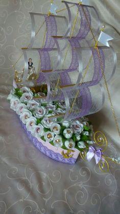 Свадебный корабль из конфет - купить или заказать в интернет-магазине на Ярмарке Мастеров - D59DPRU. Москва   У ваших друзей или близких намечается свадьба?