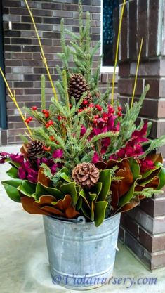 35 Fancy Outdoor Holiday Planter Ideas To Enliven Your Christmas Day - Weihnachten Christmas Urns, Christmas Flowers, Outdoor Christmas Decorations, Rustic Christmas, Winter Christmas, Christmas Holidays, Christmas Wreaths, Winter Porch, Outdoor Christmas Planters