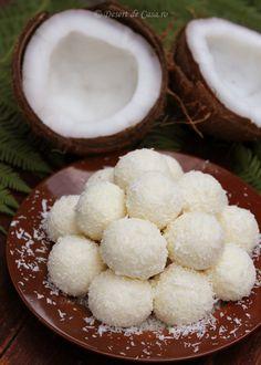 Bomboane cu nuca de cocos (Raffaello) Sweets Recipes, Cake Recipes, Cooking Recipes, Romanian Food, Food Cakes, Food Festival, Desert Recipes, Diy Food, Truffles