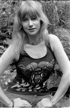 Rocker babe Helen Mirren